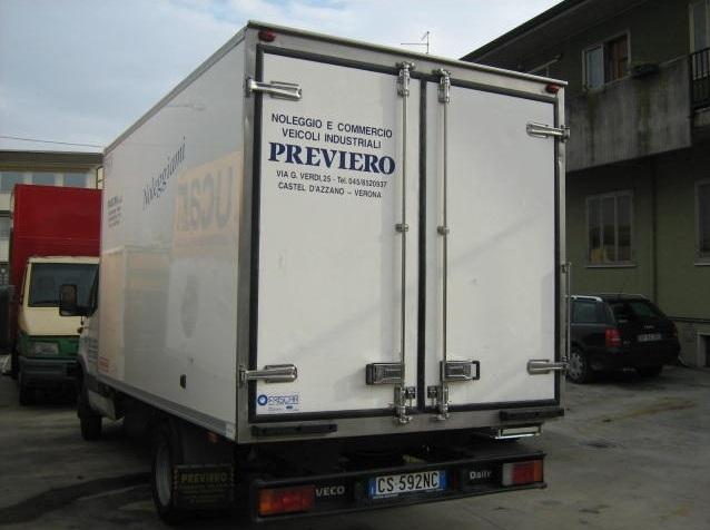 noleggio-furgone-centinato-verona-10