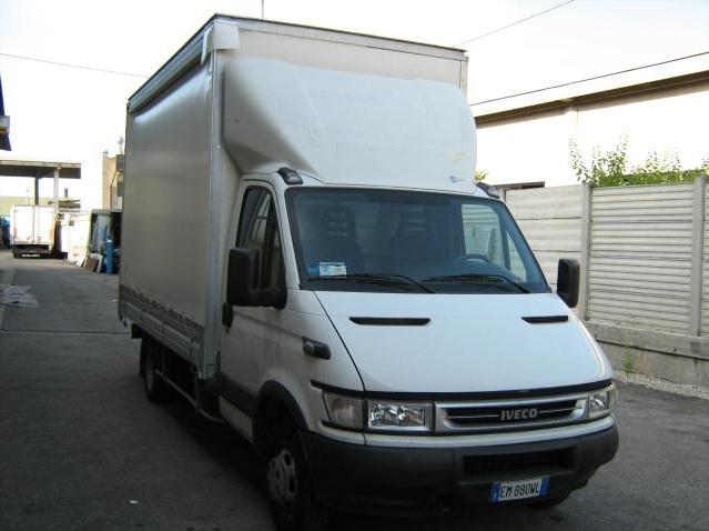 noleggio-furgone-centinato-verona-6