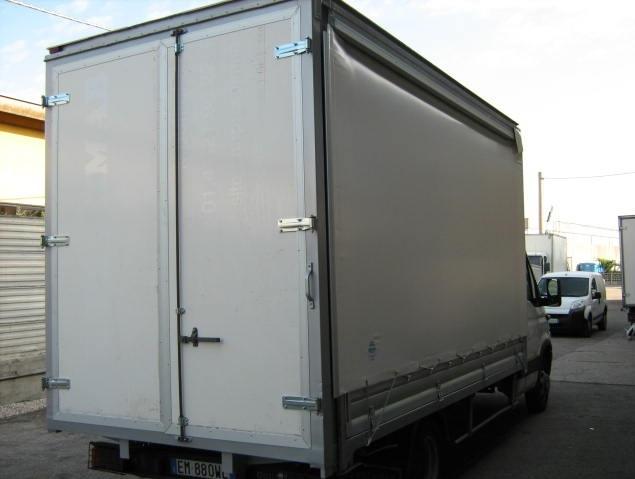 noleggio-furgone-centinato-verona-7